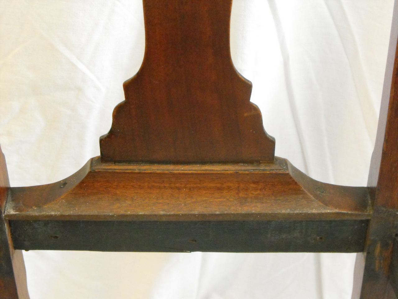 Virginia Turned Chair Massachusetts Queen Anne Side Chair; Boston,  Massachusetts. Circa 1740 - 1760. - Antiques And Hand-made Reproduction 18th And 19th Century Furniture